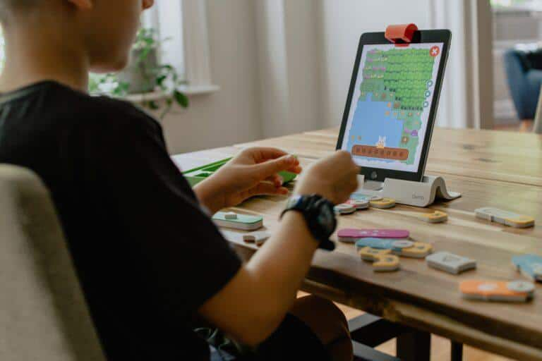 Simple coding for beginners age 5 to 7